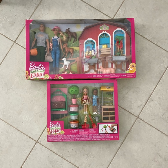 NEW Barbie Sweet Orchard Farm Barn Playset With Barbie And Ken Dolls 11 Animals